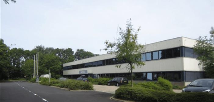 De combinatie Boelens de Gruyter en Van Wanrooij koopt logistiek object in Voorschoten van Distrifonds Nederland II CV