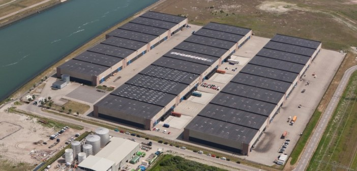 Jan van Dam Global Machine Logistics B.V. breidt uit op Commodity Park Rotterdam