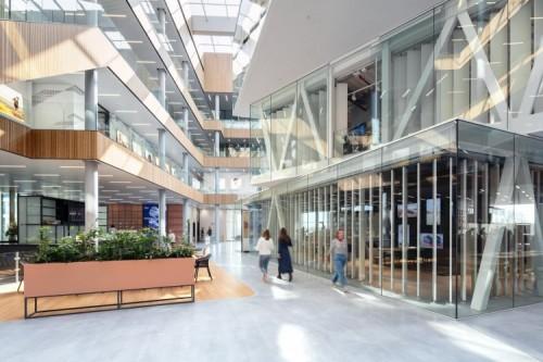 ASICS opent nieuw EMEA hoofdkantoor in Hoofddorp