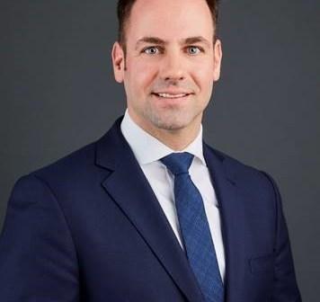 Bas van Esterik versterkt MidCap-Investments team van JLL