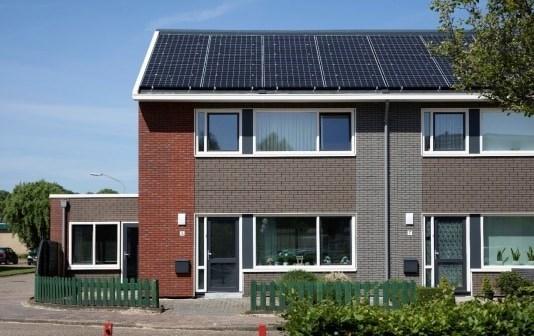 BAM Wonen levert 71 verduurzaamde nul-op-meterwoningen in Klazienaveen op aan Lefier