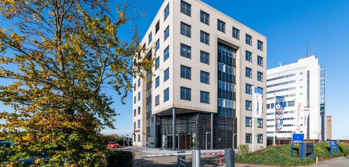 OQEMA huurt 445 m² in businesspark Rivium