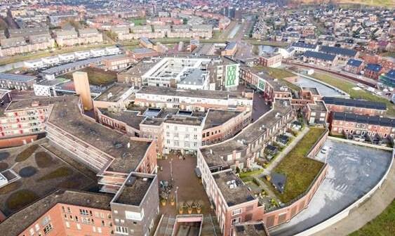 Ploegmakers Beheer koopt winkelcentrum Kloosterveste te Assen