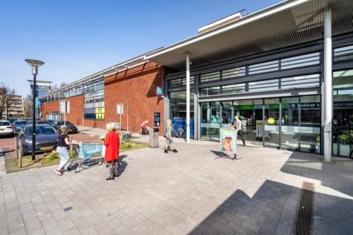 Angelo Gordon en Cairn Real Estate verkopen winkelcentrum Wijkerbaan in Beverwijk