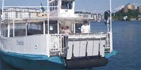 M/S Emelie vid Lumabryggan i Hammarby sjöstad