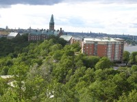"""Danvikshem, seniorhuset och """"engelska parken"""" sedda från Finnberget"""