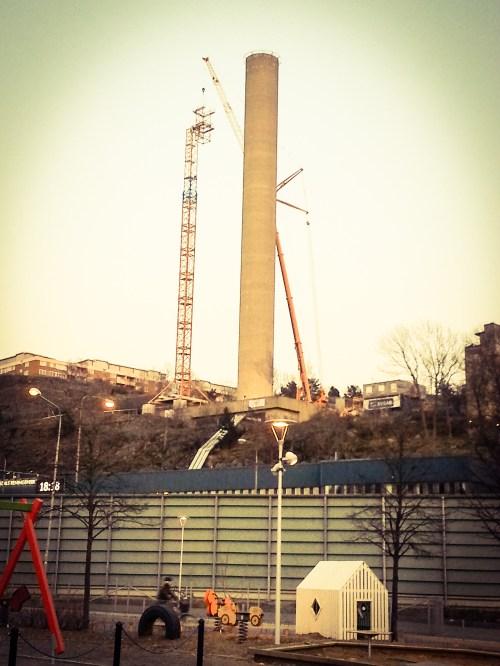 Skorstenen vid Henriksdals reningsverk renoveras