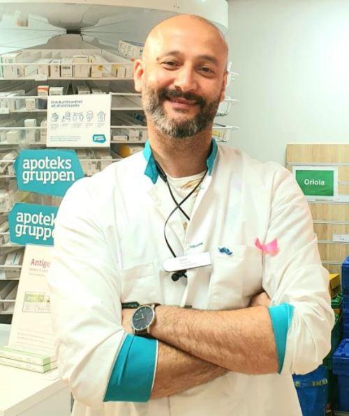 Blend Saleh, apotekschef på Apoteksgruppen på Kvarnholmen i Nacka