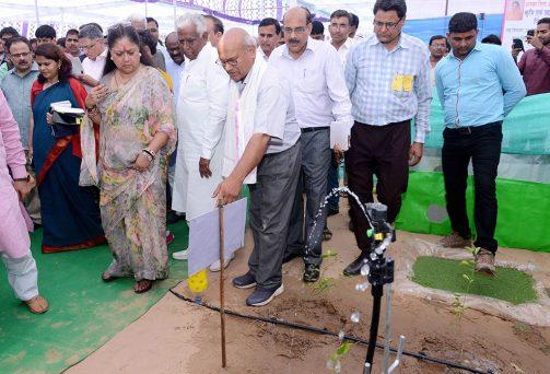 मुख्यमंत्री ने दौसा जिला विकास प्रदर्शनी का उद्घाटन किया