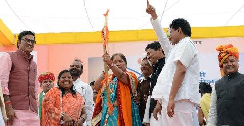 cm-pradhan-mantri-awas-yojana-gramin-launch-at-banswara-CMP_0957