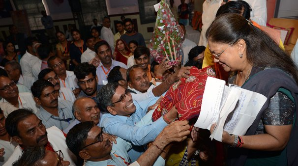 vasundhara-raje-jan-samvad-in-alwar-13nov2017-CMP_4647