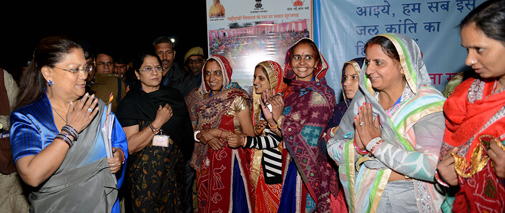 cm-exhibition-beti-bachao-yojna-bjp-meeting-surajgarh-junnjhunu-CMP_9402
