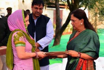 vasundhara-raje-hathi-gaon-wildlife-matters-rajasthan-CMA_2499