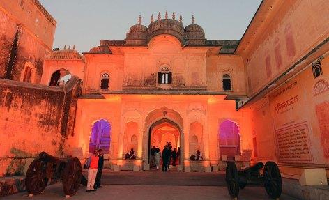 vasundhara-raje-sculpture-gallery-madhvendra-palace-nahargarh-CMA_2731