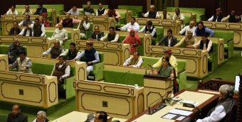 vasundhara-raje-budget-vidhan-sabha-jaipur-2018-19-CLP_1367