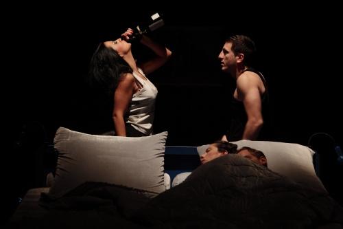 Театрално ревю: Преди/След, Четири стаи