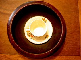 Bowl for salad and a tea cup