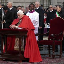 The Pope in Rome's Piazza di Spagna