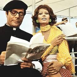 """Marcello Matsroiani and Sophia Loren in """"The Priest's Wife"""" 1971"""