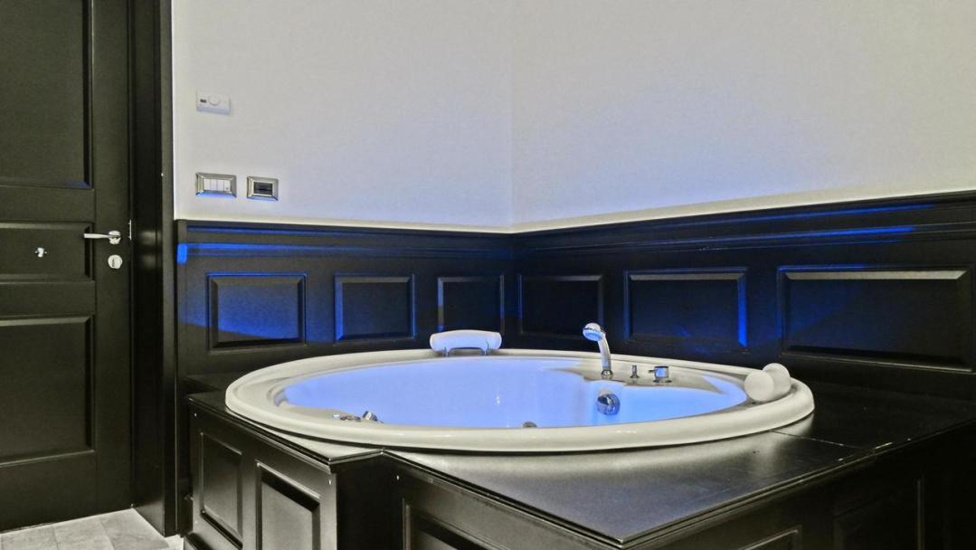 Vaticano Royal Suite Guest House 76236605