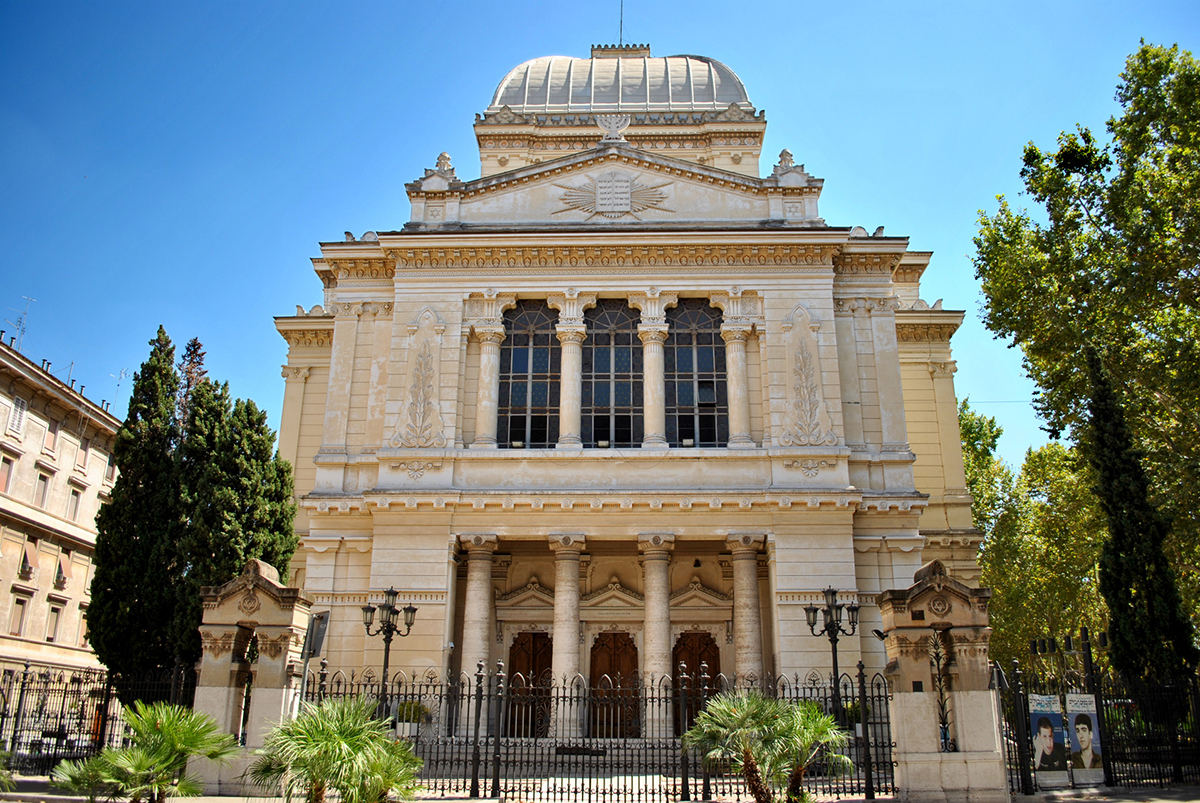 Tempio Maggiore di Roma, the largest synagogue in Rome completed in 1904