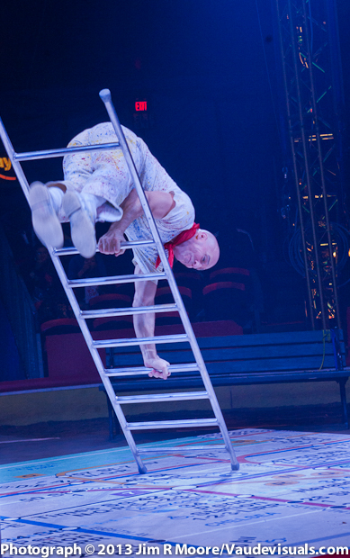 Daniel Cyr at The Big Apple Circus