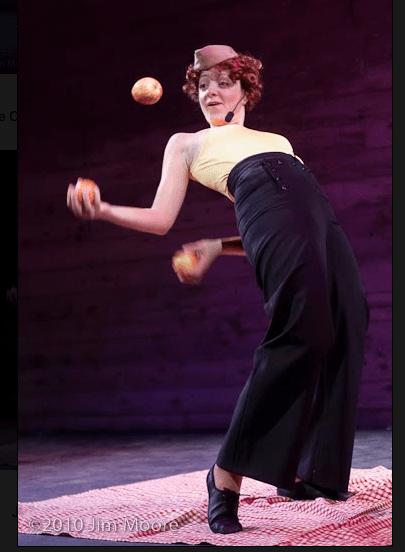 Jen Slaw Juggler