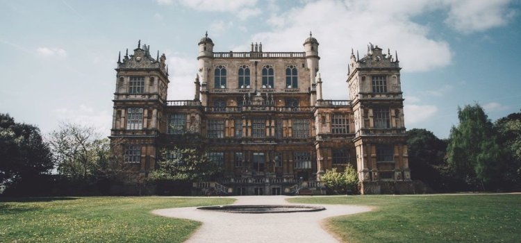 Resonances and Representations: Aspects of The English Country House