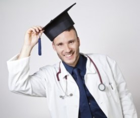 graduation_dreamstime_xs_33624736