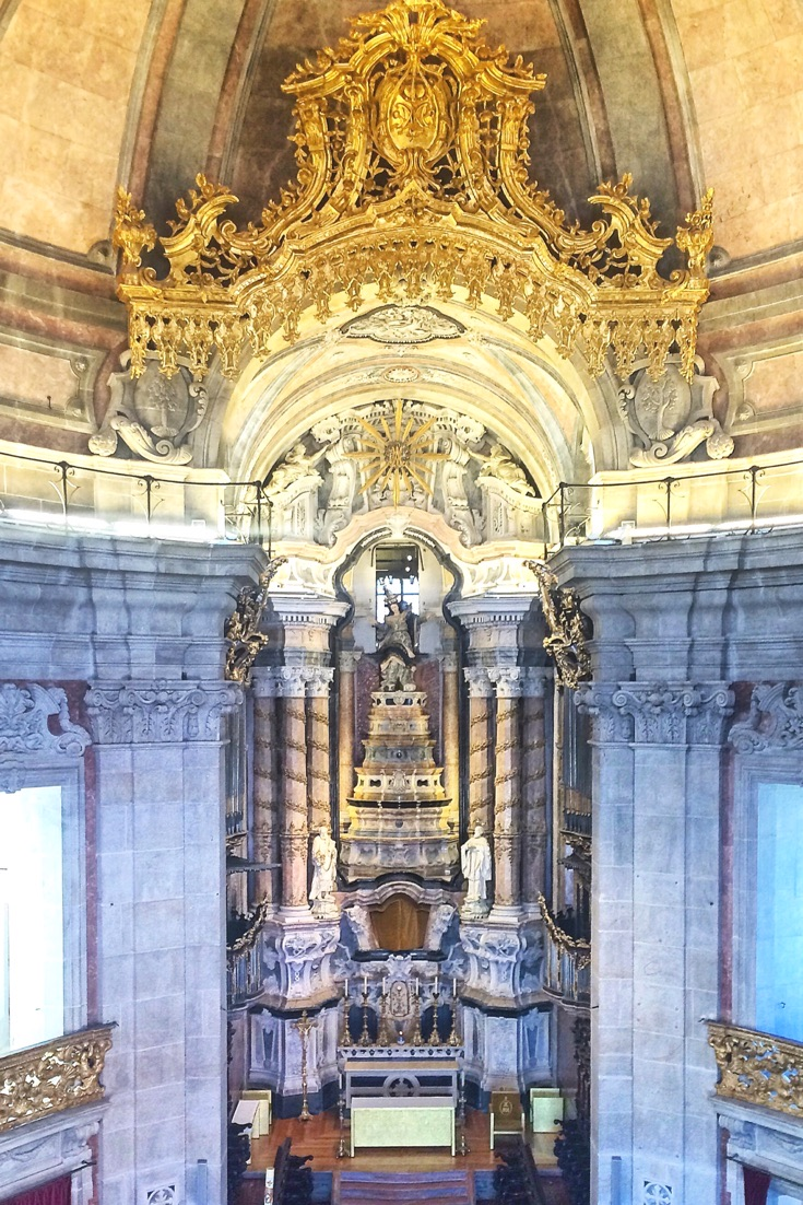 5 Portugal Tral Tips http://vaycarious.com/2016/11/28/why-portugal-will-be-your-favorite-travel-destination/