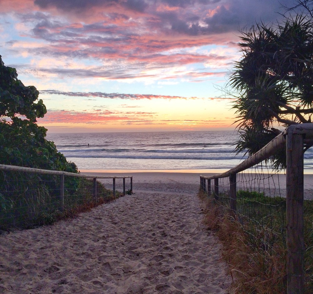 Sunrise Australia's Gold Coast Vaycarious.com