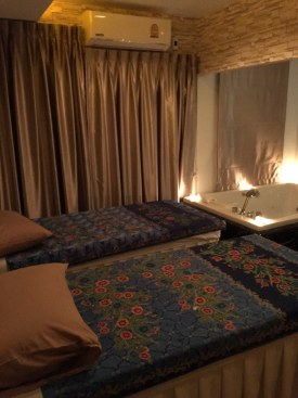 jacuzzi-room-vayo-massage