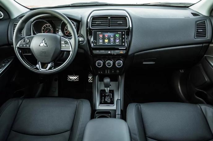 Mitsubishi ASX салон