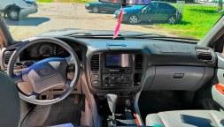 СалонToyota Land Cruiser 100