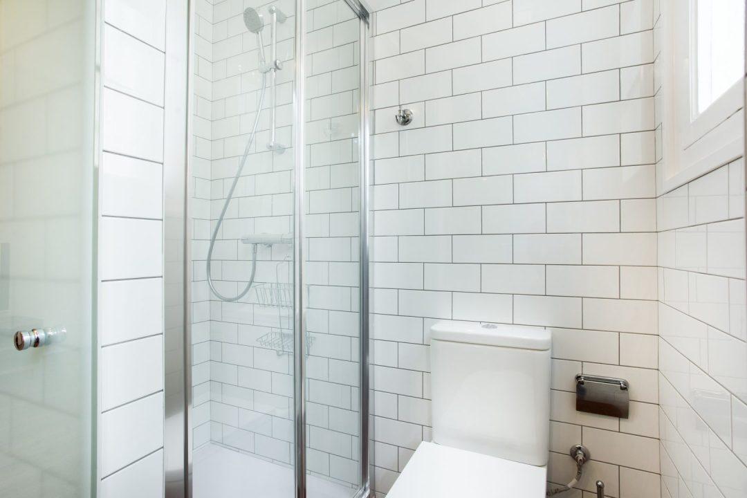 azulejos en  reforma de baño