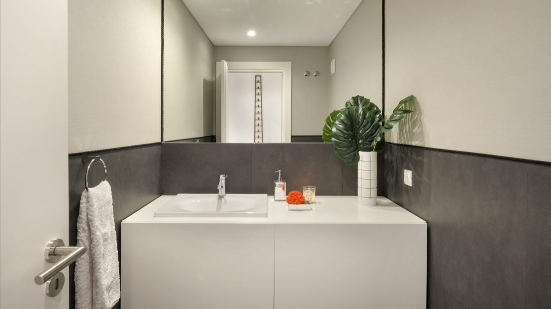 VBS Interior Design - Powder Room