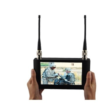 Handheld Wireless Receiver 7 inch Touch Screen COFDM Receiver Digital Video Receiver with 7 inch Monitor 1