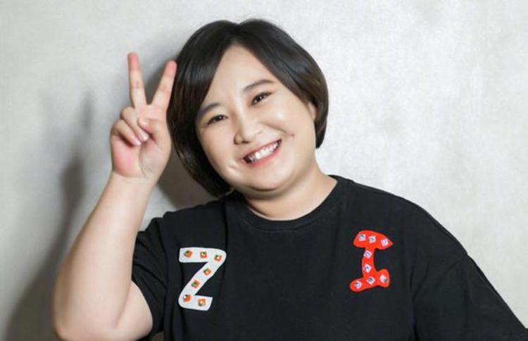 Nữ diễn viên hài Giả Linh của Trung Quốc. Ảnh: kknews.