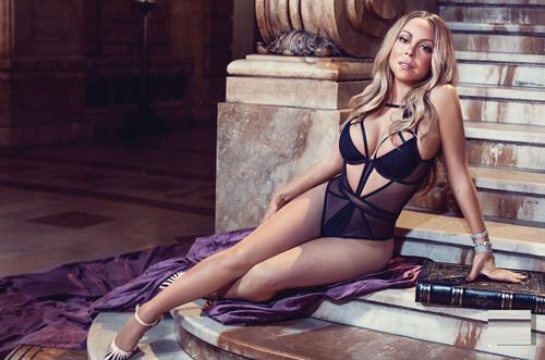 Mariah Carey thành công sau 30 năm vào làng giải trí.
