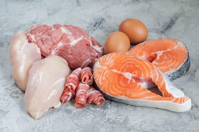 Thịt cá giàu dinh dưỡng, giúp tăng cương hệ miễn dịch của cơ thể, bên cạnh gia vị, rau xanh. Ảnh: Healthcare