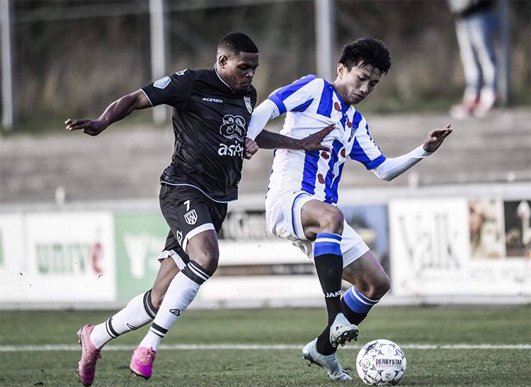 Văn Hậu đá chính trong trận hoà của đội trẻ Heerenveen - VnExpress ...