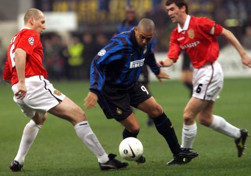 Andy Cole suýt tè dầm khi đứng cạnh Ronaldo - VnExpress Thể thao