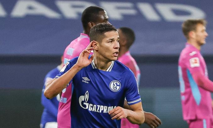 Harit mừng bàn ấn định thắng lợi 4-0 cho Schalke. Ảnh: Schalke04
