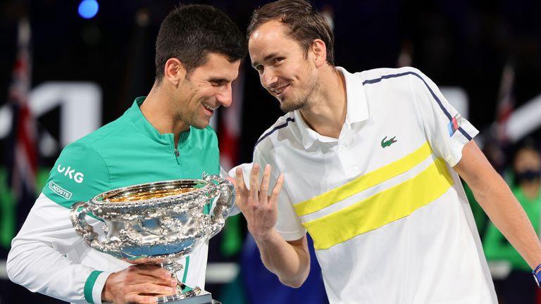 Medvedev đứt chuỗi 20 trận thắng khi gặp Djokovic ở chung kết Australia Mở rộng hôm 21/2. Ảnh: ATP.