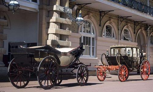 Những cỗ xe ngựa đặc biệt trong đám cưới Hoàng tử Harry