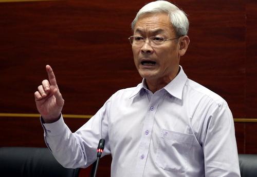 Ông Nguyễn Phú Cường, BÍ thư Tỉnh ủy Đồng Nai chỉ đạo quyết liệt về công tác phòng tránh dịch tả heo châu Phi. Ảnh: Phước Tuấn