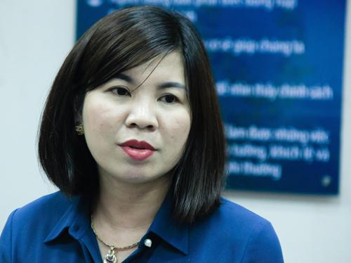 Cô Nguyễn Thị Hồng Thúy, Hiệu trưởng trường THPT chuyên Hưng Yên. Ảnh: Dương Tâm