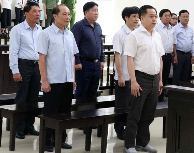 5 bị cáo tại phiên phúc thẩm mở từ ngày 10/6 ở TAND Cấp cao ở Hà Nội. Ảnh: TTXVN