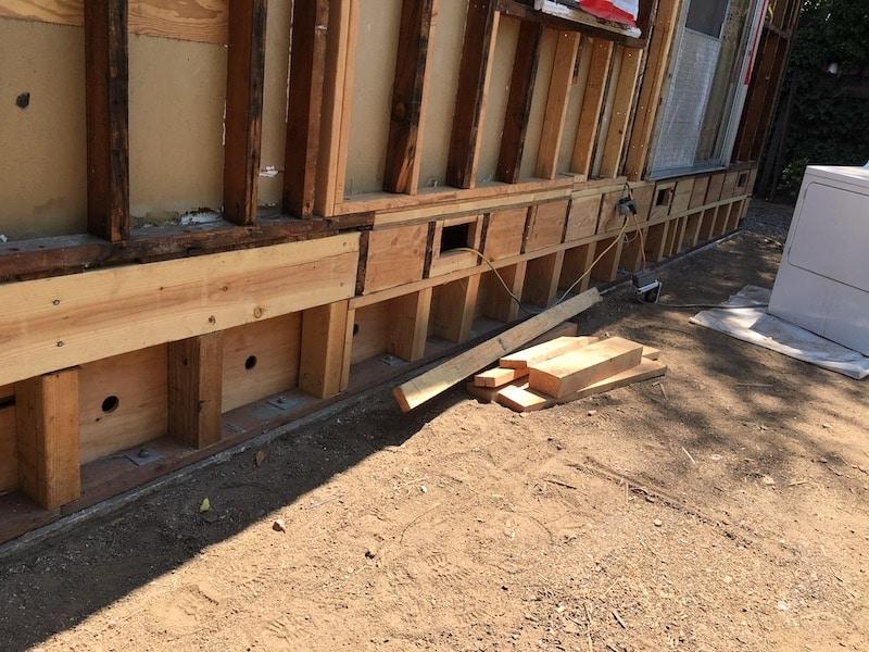 A newly earthquake retrofit san francisco area house from the outside