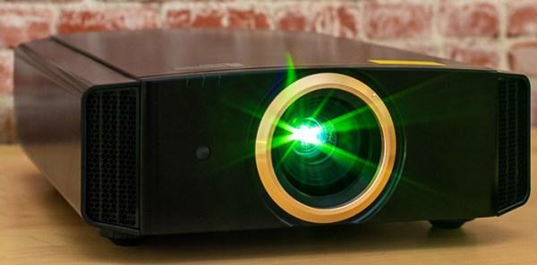 Что лучше купить проектор или телевизор? | В чем разница